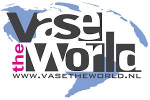 Vase The World